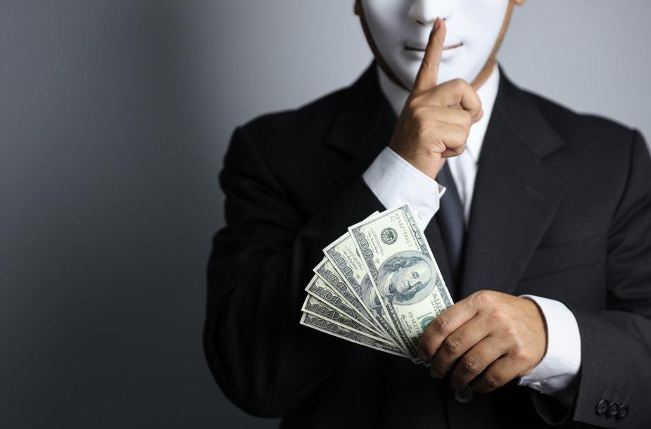 Vyras su pinigais