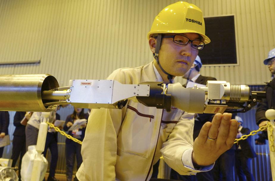 Branduolinio kuro surinkimo roboto bandymas
