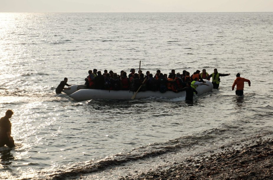 Migrantų valtis Graikijos pakrantėje
