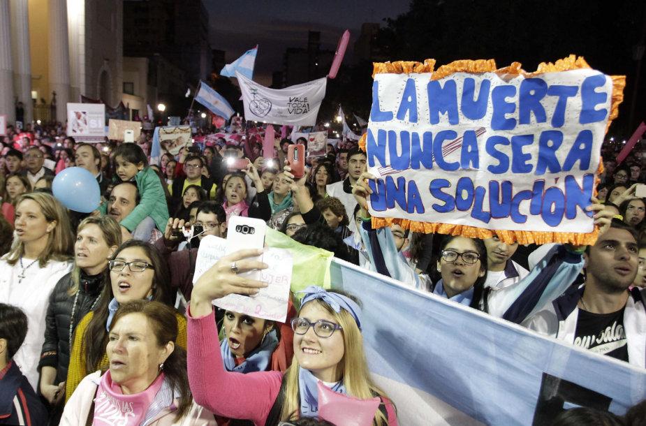 Protestas prieš abortų įteisinimą Argentinoje
