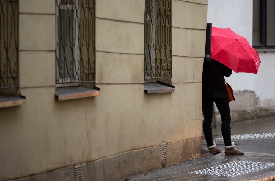 Į Vilnių grįžta lietingi orai