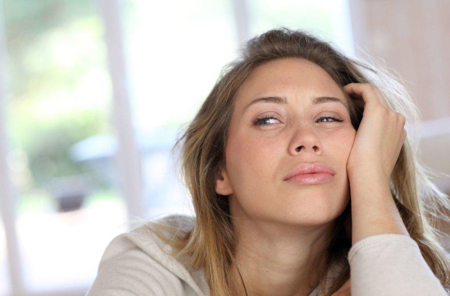 Pavargusi moteris