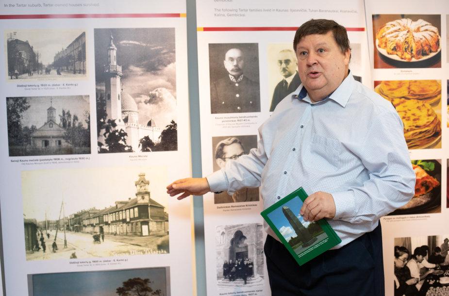 K.Z. Šafranavičius rodo istorinę nuotrauką – taip atrodė Didžioji totorių gatvė 1918-1921 m.