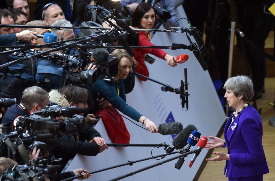 Theresa May Briuselyje