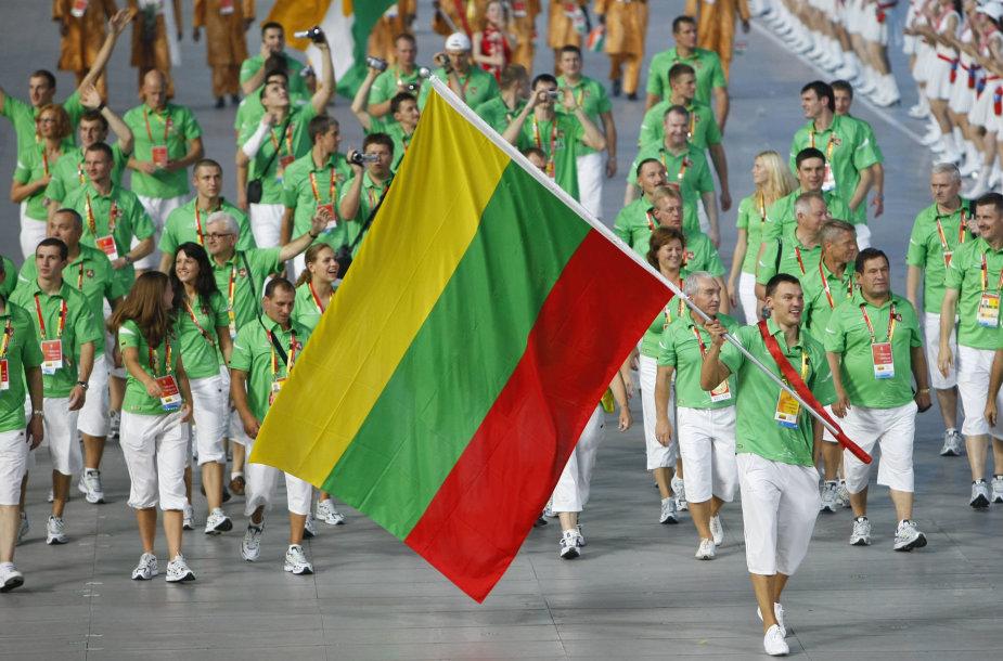 2008-aisiais Lietuvos trispalvę Pekine nešė Šarūnas Jasikevičius