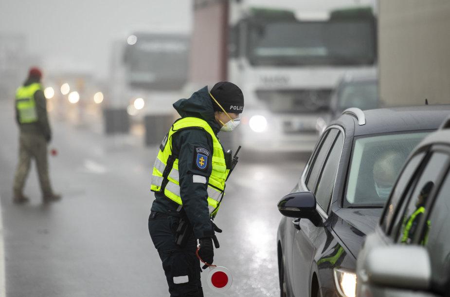 Stacionarus policijos kontrolės postas