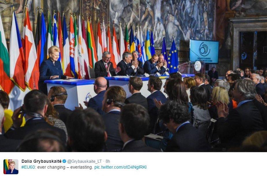 """Oficiali Dalios Grybauskaitės paskyra """"Twitteryje"""""""