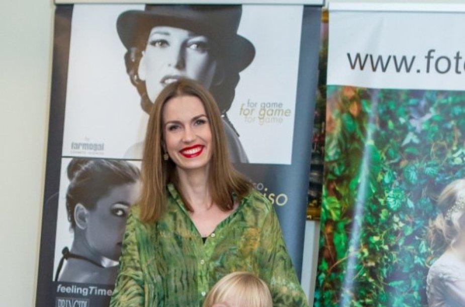 Edilija Nikartaitė-Geltona su dukra