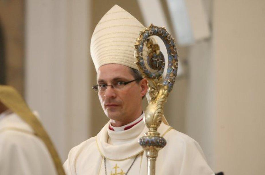 Vyskupo Arūno Poniškaičio išventinimo akimirka
