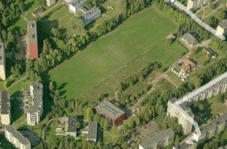 Apleistas stadionas Kaune virs moderniu sporto kompleksu