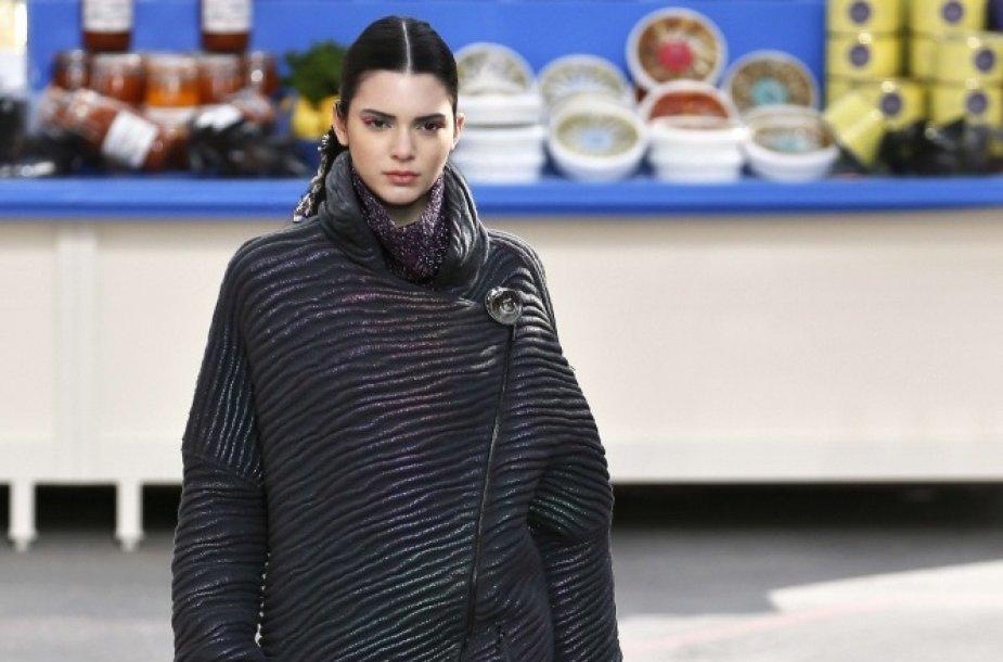 "Kendall Jenner ""Chanel"" kolekcijos pristatyme"
