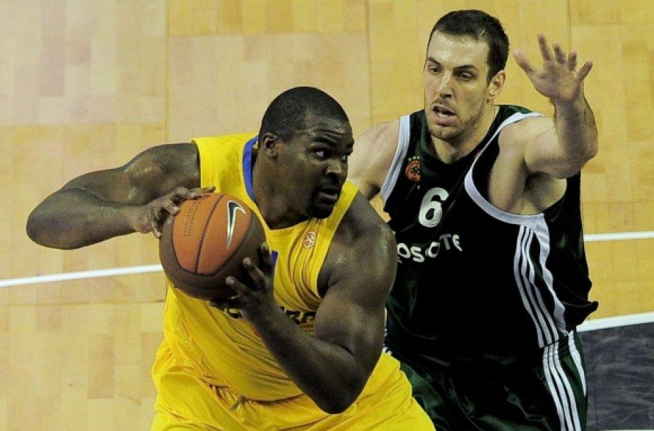 """""""Maccabi"""" ir """"Panathinaikos"""" pernai kovojo Eurolygos finale."""