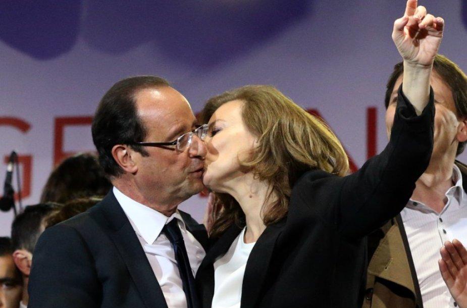 Francois Hollande'as ir jo mylimoji Valerie Trierweiler