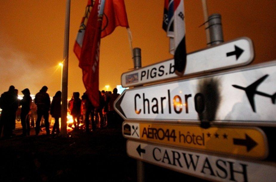 Blokuojamas įvažiavimas į Šarlerua oro uosta Belgijoje