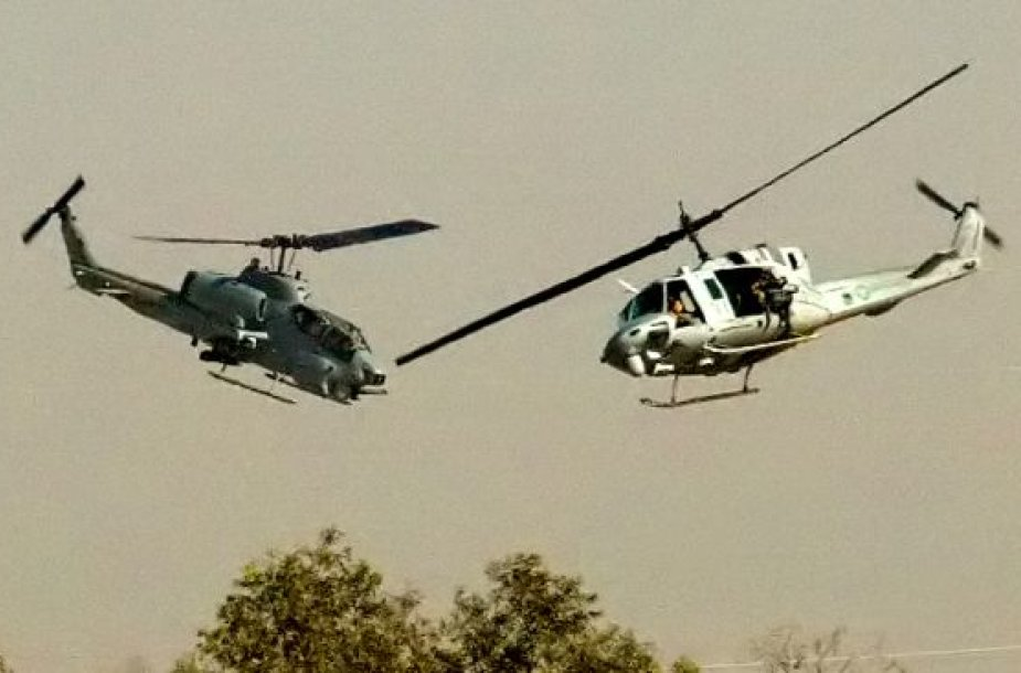 Sraigtasparniai: Cobra UH-1 Huey