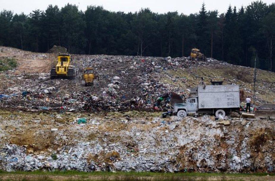 Kazokiškių sąvartyne atliekos kaupiasi itin greitai – baigiama užpildyti pirmoji sekcija ir jau planuojama antroji.