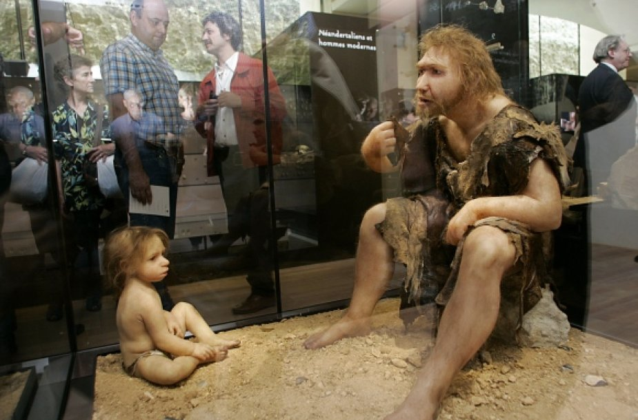 Neandertaliečiai.