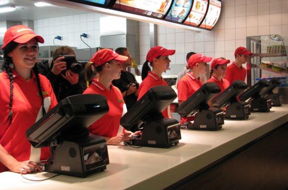 """""""McDonald's"""" siekia didinti turimą rinkos dalį ir į naująjį restoraną investavo 2,407 mln. litų."""