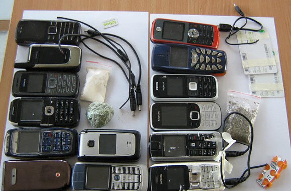 Šiuos daiktus bandyta permesti į Kybartų pataisos namus