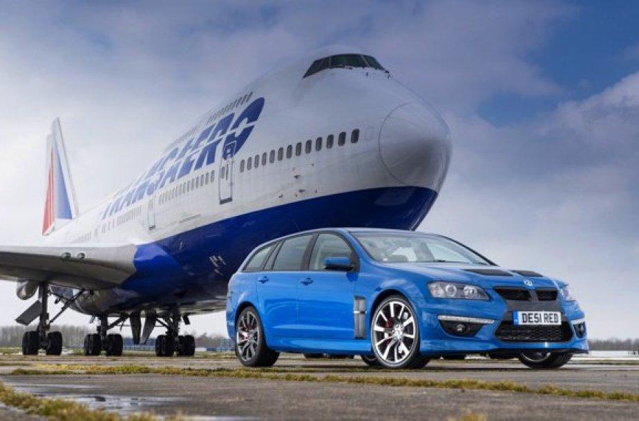 Lėktuvas ir automobilis