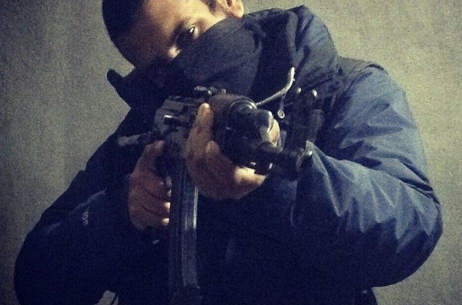 Manoma, kad už kompiuterines atakas prieš CENTCOM atsakingas dvidešimtmetis Junaidas Hussainas