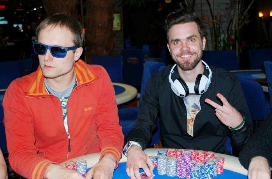 Martynas Račinskas (kairėje) ir Kęstutis Šulcas / PokerNews LT nuotr.