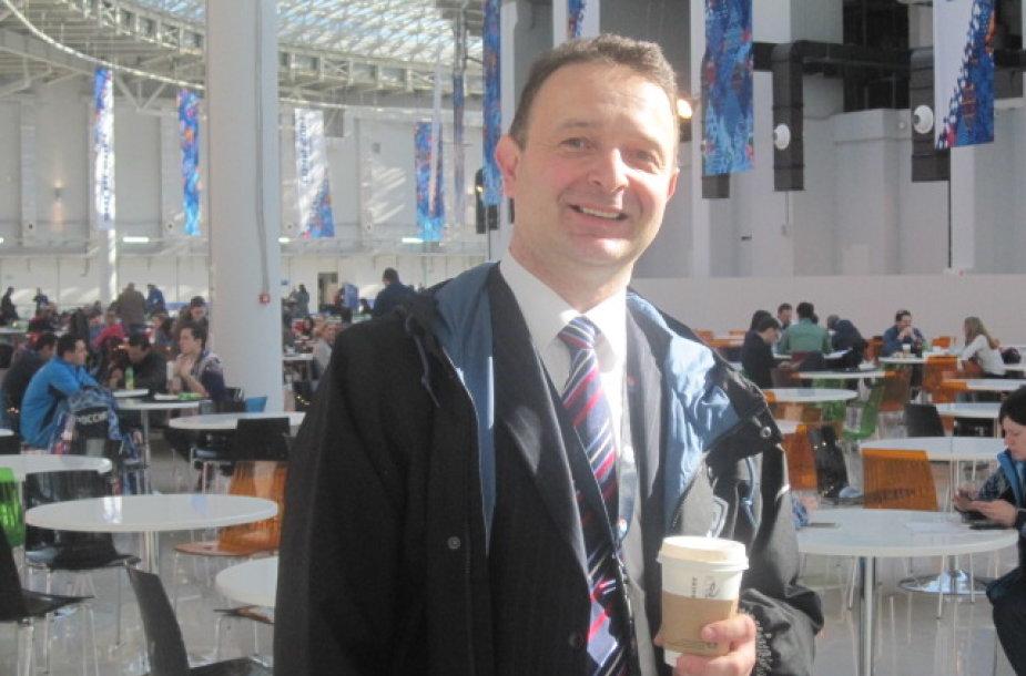 Rolandas Ches olimpiadoje Sočyje vežioja NBC televizijos vadovus