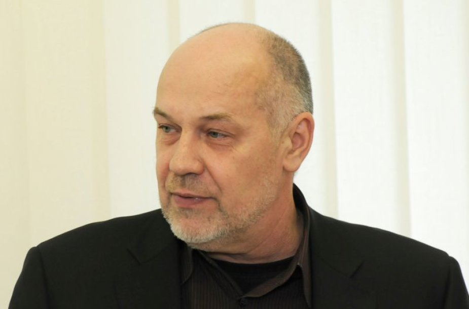 Prof. Romas Lazutka
