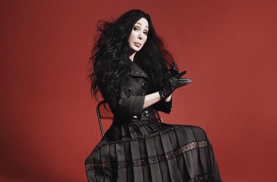 "Cher ""Marc Jacobs"" reklamoje"