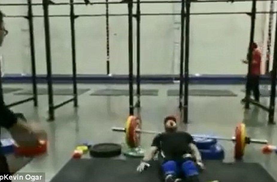 "Nelaimė per ""CrossFit"" treniruotę"