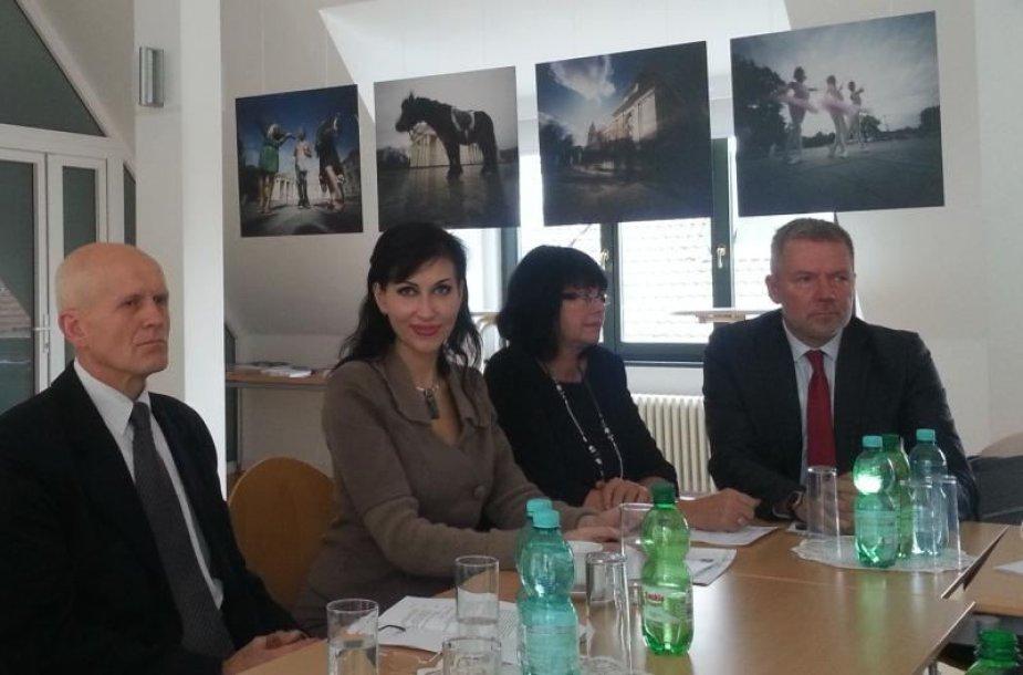 Susitikimas dėl kvartalinės renovacijos Lietuvoje