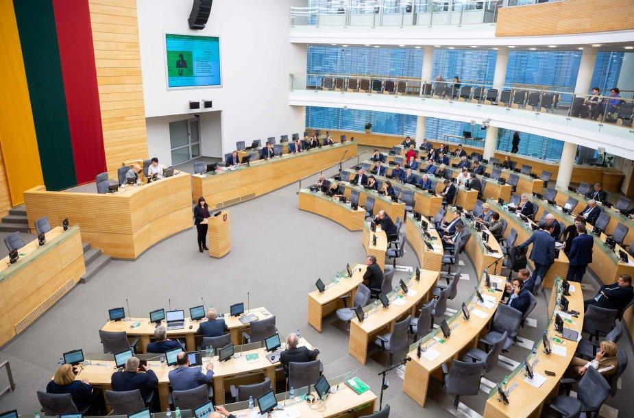 Seimo vakariniame posedyje profesinių sąjungų atstovų pasisakymai