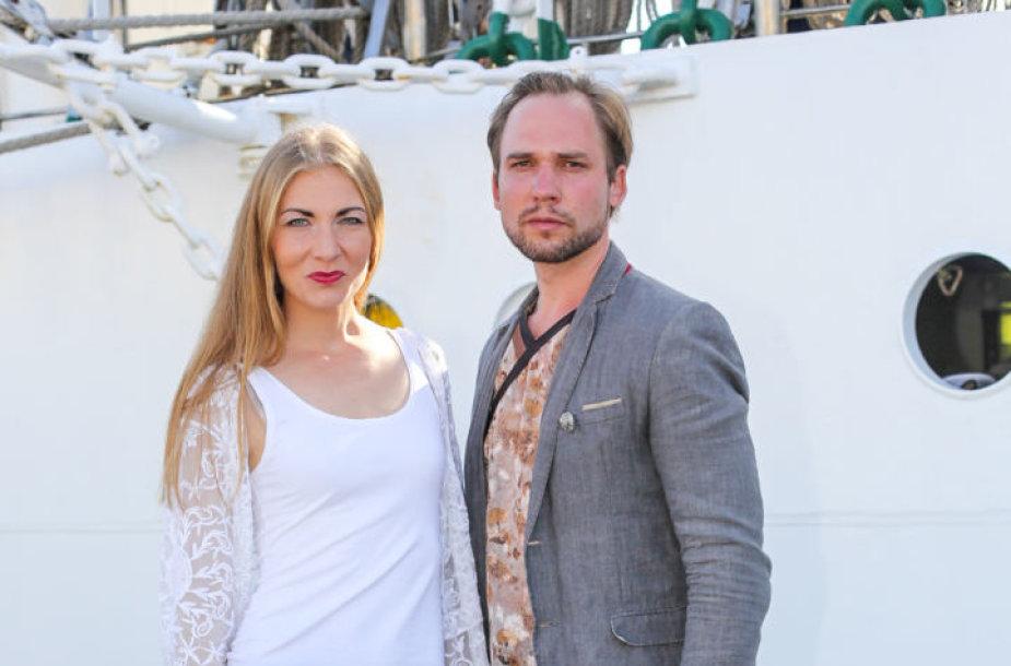 Jonas Sakalauskas su žmona Agne Sabulyte