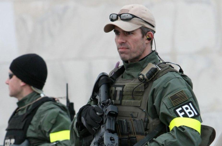 FTB reikia vis daugiau pajėgų kovoti su nusikaltėliais.