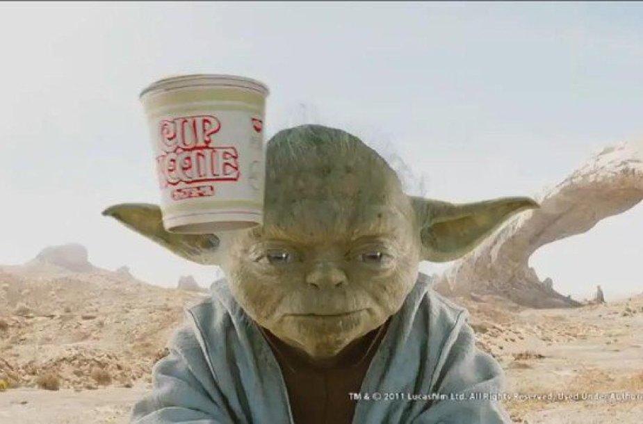 """Greitai paruošiamų makaronų reklama su """"Žvaigždžių karų"""" herojais"""
