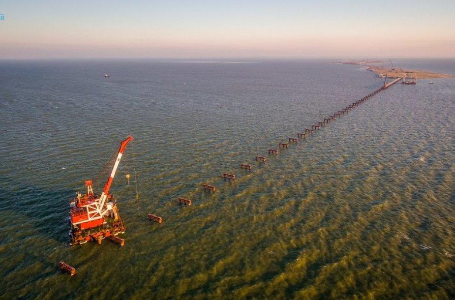 Tilto per Kerčės įlanką statybos