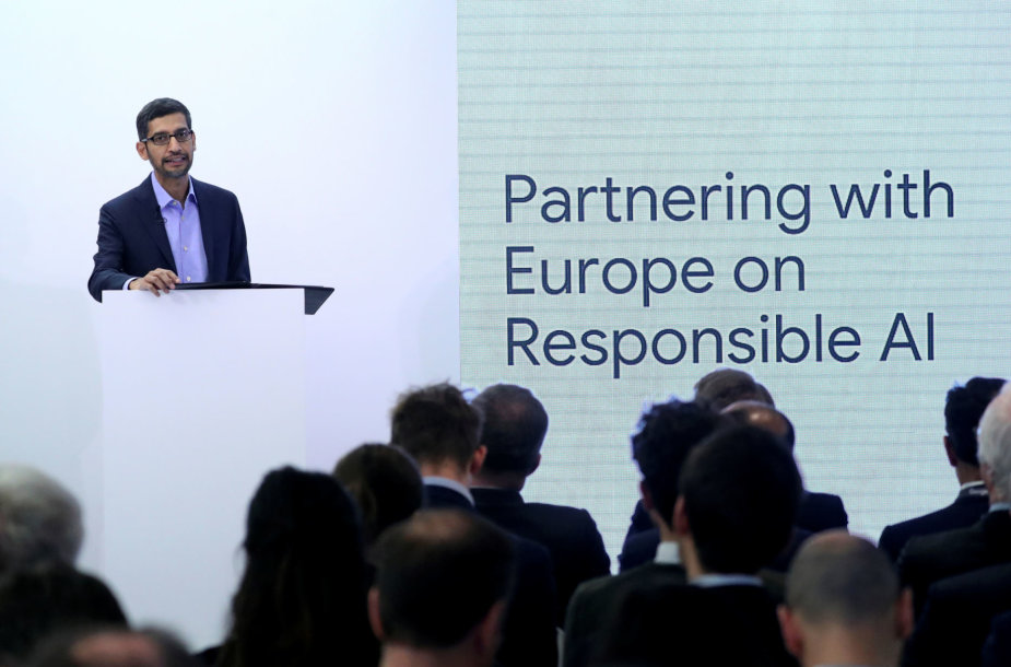 Sundaras Pichai aiškina, kad kuriant atsakingą dirbtinį intelektą būtina partnerystė su Europos Sąjunga