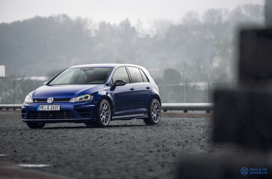 """Volkswagen Golf R"""