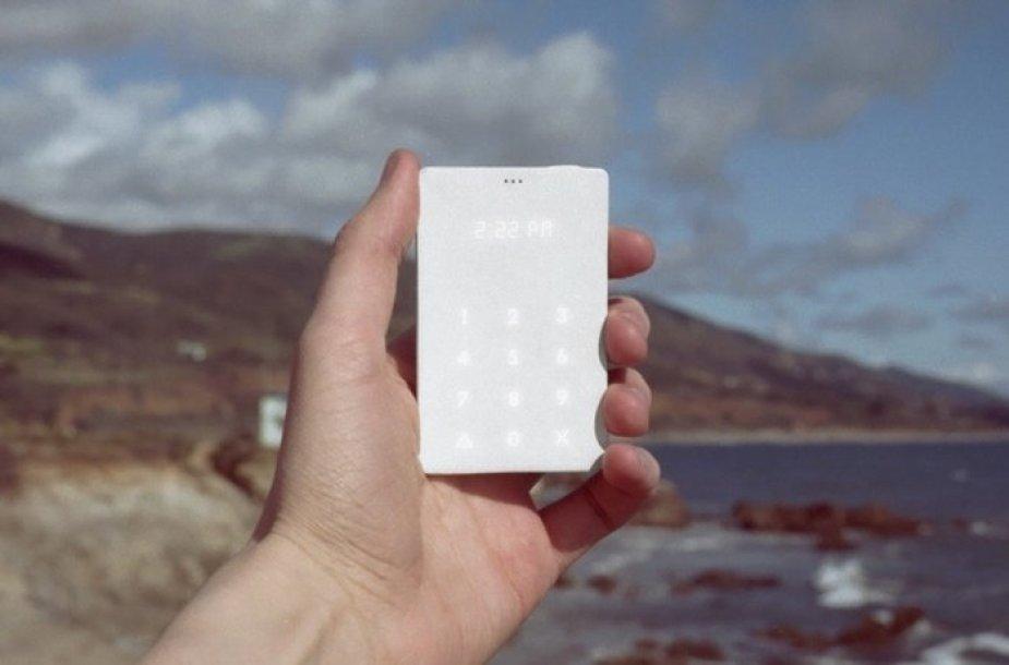 """""""Light Phone"""", kūrėjų teigimu,iki kito krovimo laiko 20 dienų"""