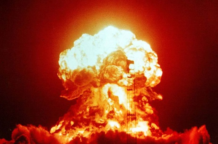 Branduolinis bandymas Nevados valstijoje (JAV) 1953 m. balandžio 18 d.