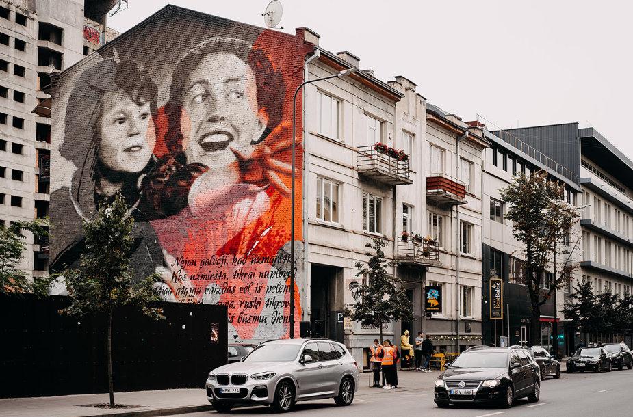 """T.Vincaičio-Plūgo tapyta siena """"Istorijų festivaliui"""""""