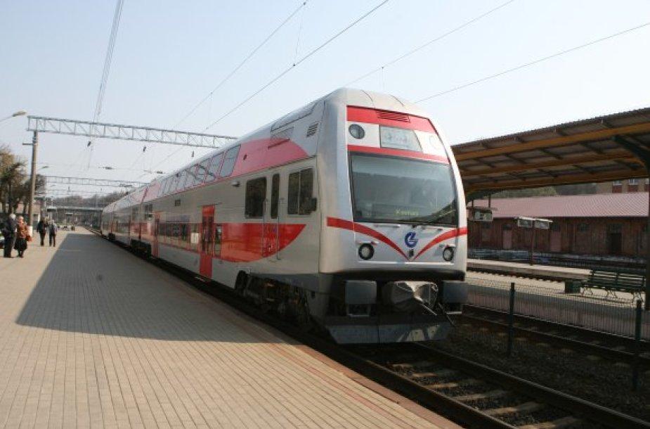 Kelionė iš Vilniaus į Kauną traukiniu pabrango litu.