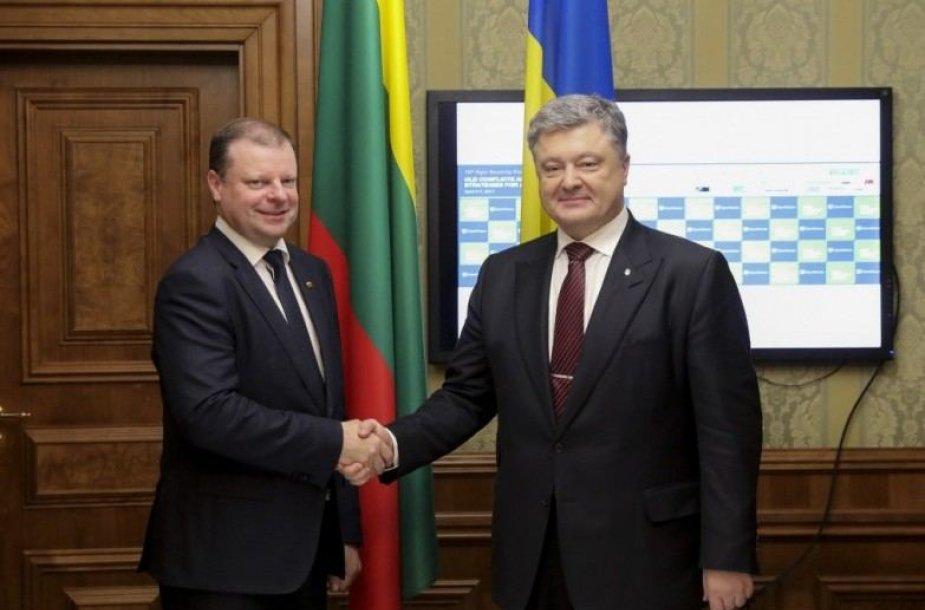 Saulius Skvernelis Ukrainoje susitiko su šios šalies prezidentu Petro Porošenka