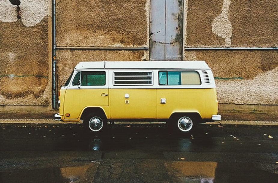"""Volkswagen"" hipių autobusiukas"