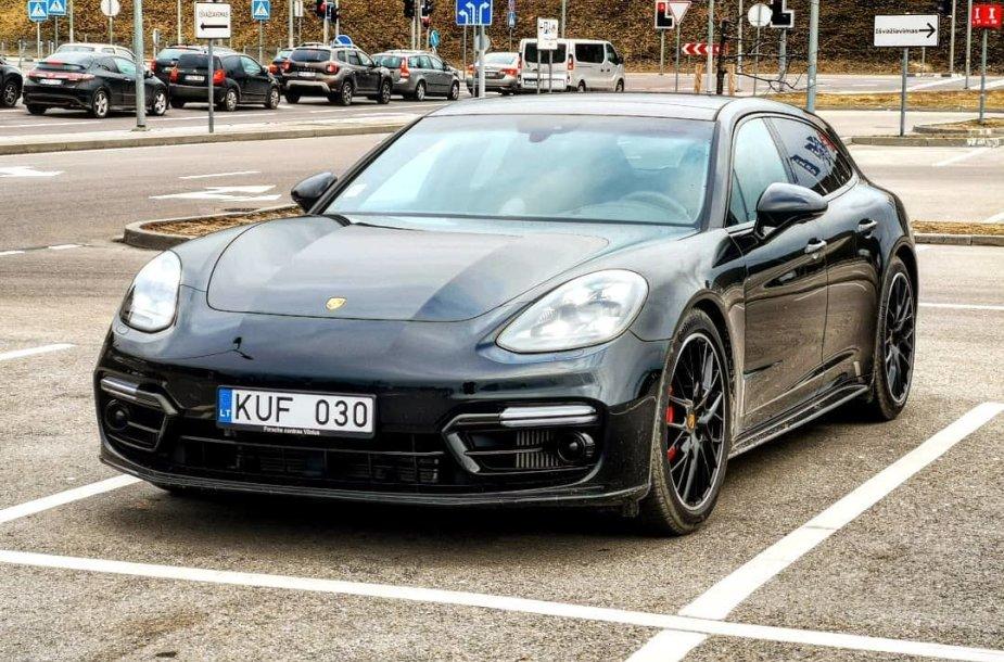 """""""Porsche Panamera GTS"""" versija """"Sport Turismo"""""""