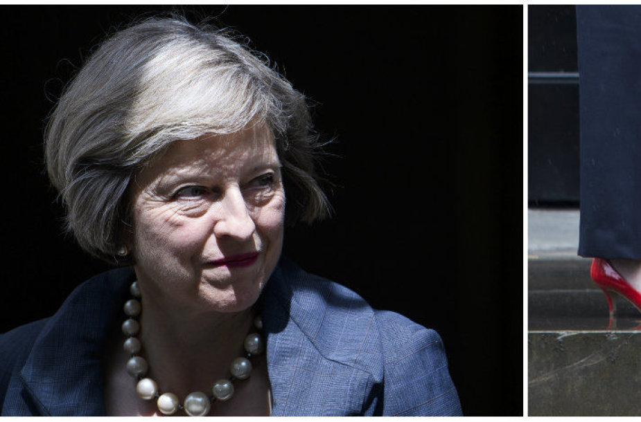 Theresa May neslepia savo susižavėjimo dailiais bateliais