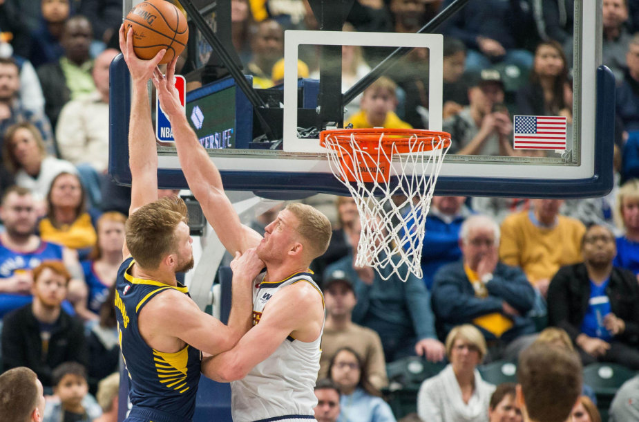 """Indiana Pacers"" ir ""Denver Nuggets"" rungtynių akimirka."