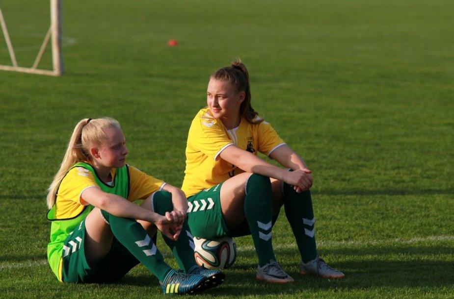 Lietuvos merginų futbolo rinktinė