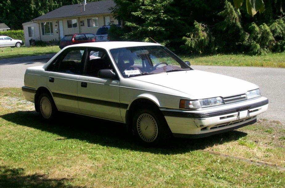 """1989 m. """"Mazda 626"""""""
