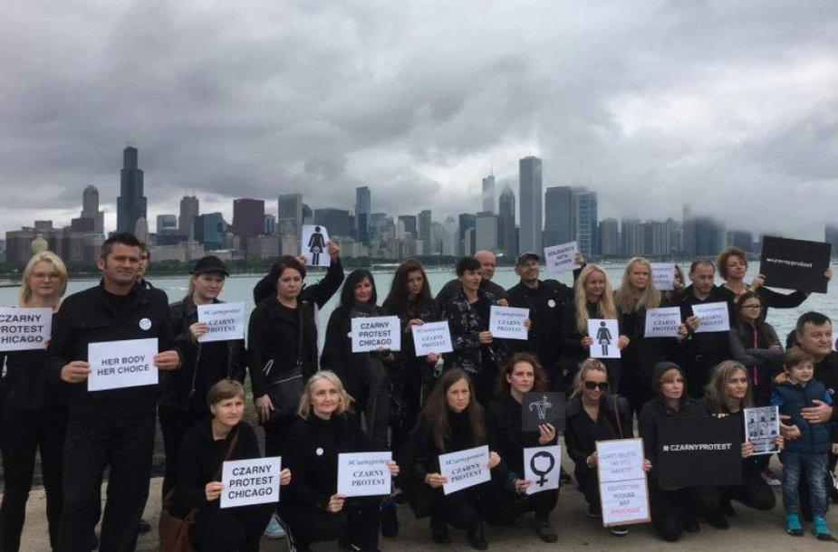 Moterų protesto Lenkijoje palaikymas socialiniuose tinkluose